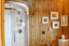 Bathroom w/Puritan Pine Stained Barn Wood